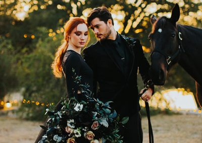 Dark_Romantic_Styled_Wedding-124