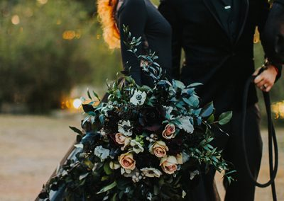 Dark_Romantic_Styled_Wedding-128