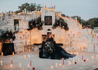 Dark_Romantic_Styled_Wedding-180