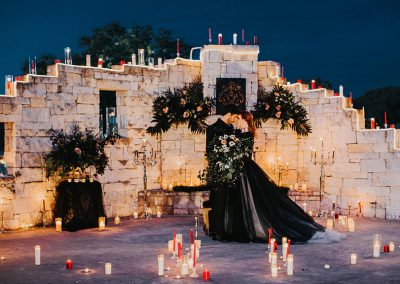 Dark_Romantic_Styled_Wedding-207