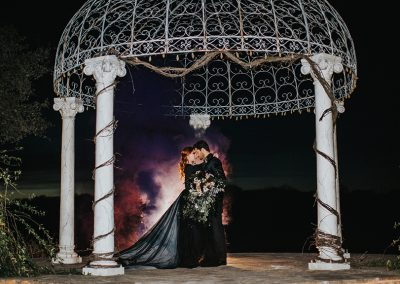 Dark_Romantic_Styled_Wedding-242
