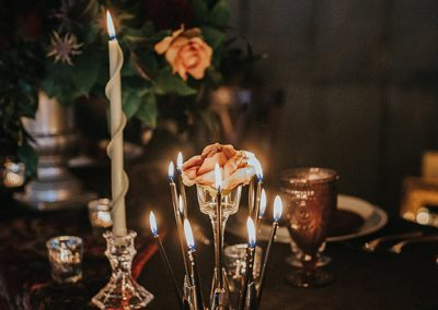 Dark_Romantic_Styled_Wedding-336